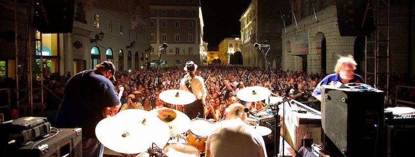 TriesteLovesJazz 2015 - BRIAN AUGER'S OBLIVION EXPRESS  feat. ex Santana ALEX LIGERTWOOD - ph MassimoGoina.com